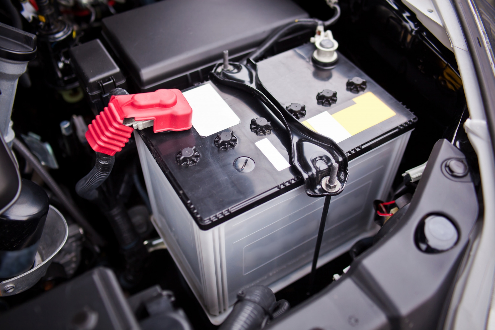 How Long Does a Car Battery Last on Average? Car battery life